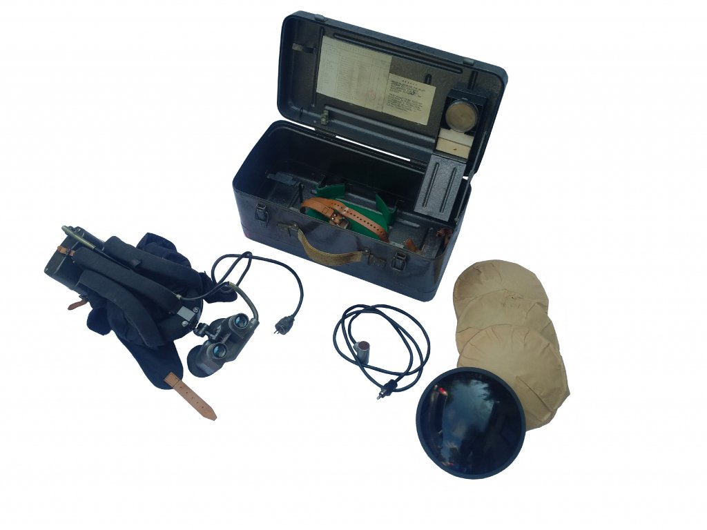 Noktovizor PNV-57A přístroj nočního vidění pro řidiče bojových vozidel