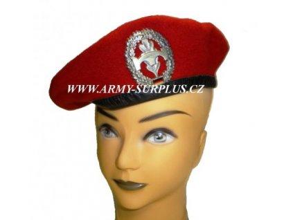 baret-cerveny-bw--bundeswehr-s-odznakem-pioniertruppe