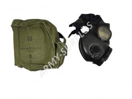 Plynová maska US M17A2 s hydratačním systémem a brašnou