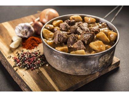 Adventure Menu Hovězí guláš s bramborem (hotová strava) 400g BEZ LEPKU