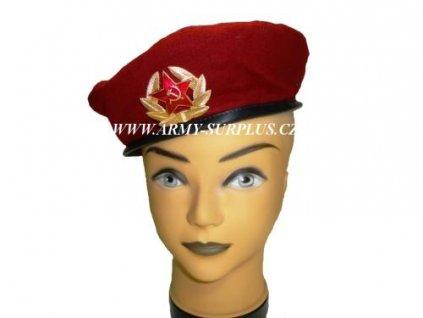 Baret Rusko originál červený s odznakem