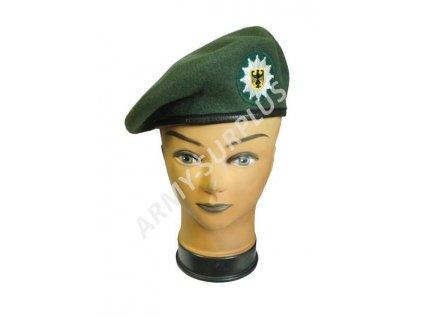 Baret BW (Bundeswehr) Polizei Německo zelený s nášivkou