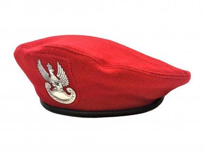 Baret červený s orlicí Vojenská policie Polsko originál