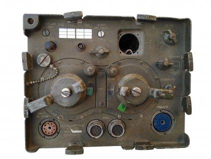 Vysílačka rádio Ricetrasmettitore RT-67/GRC