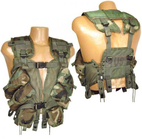 ARMÁDNÍ ORIGINÁL US ARMY Vesta taktická LBW woodland použitá
