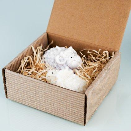 Přírodní vonná svíčka palmová - AROMKA - Velikonoční beránci v dárkové krabičce, bílý a šedý - Černý Hrozen