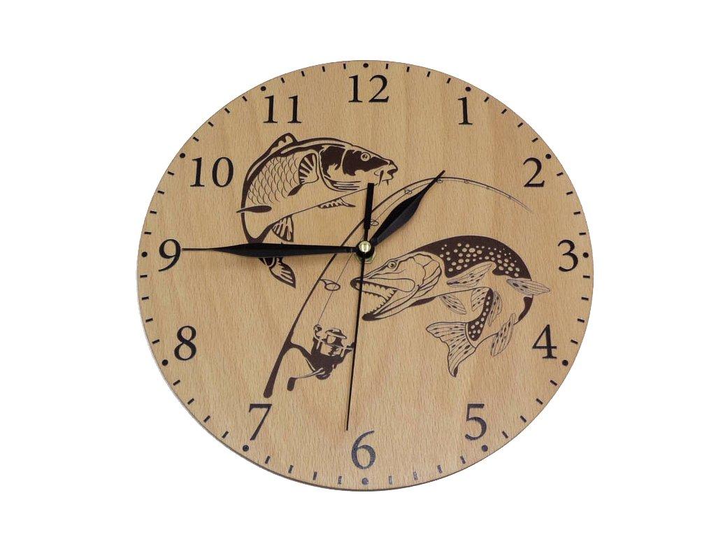Dřevěné hodiny - kapr a štika