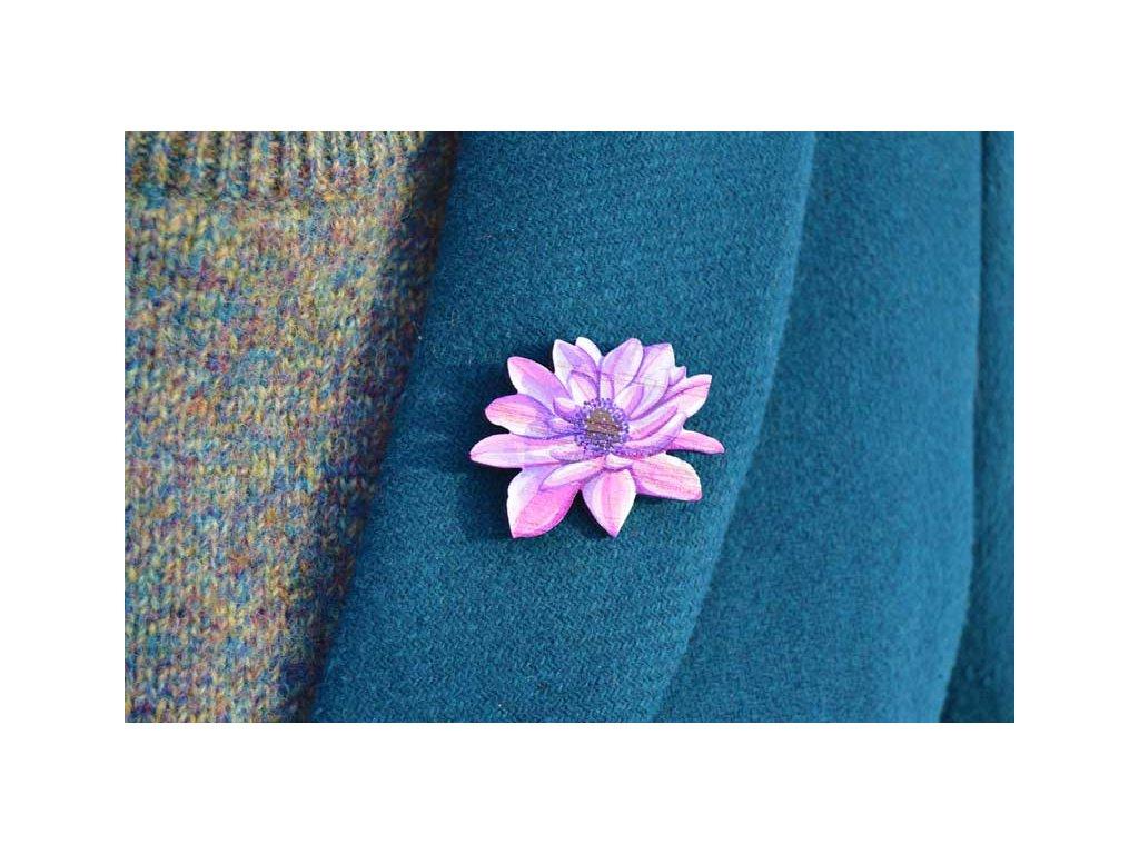 Dřevěná brož - květ