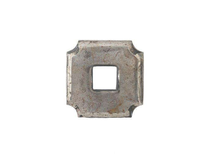 Krytka kovaná s otvorem  30 mm, velikost 100x100x20 mm