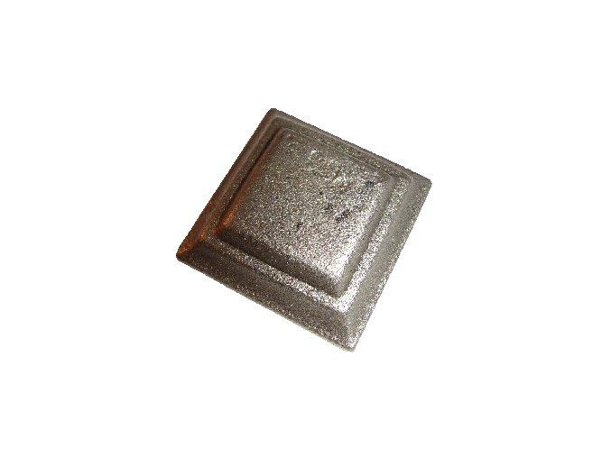 Krytka  kovaná bez otvoru  80x80x20 mm