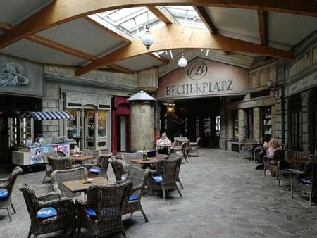 BecherPlatz, Karlovy Vary