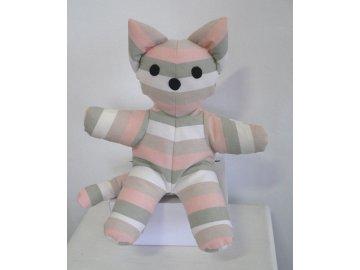 maňásek kočka pruhovaná