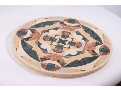 Kamenný stůl s mozaikou/graverací