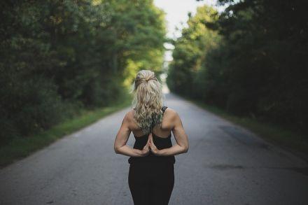 Jak si vybrat správného jógového učitele?