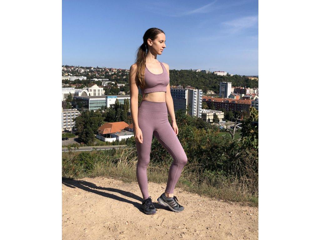 kvalitni leginy a fitness podprsenka