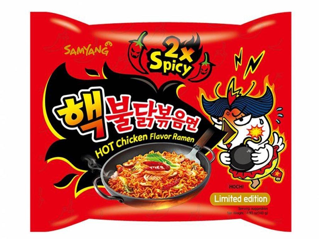 Instantní nudle Samyang s příchutí extra pálivého kuřete 140 g