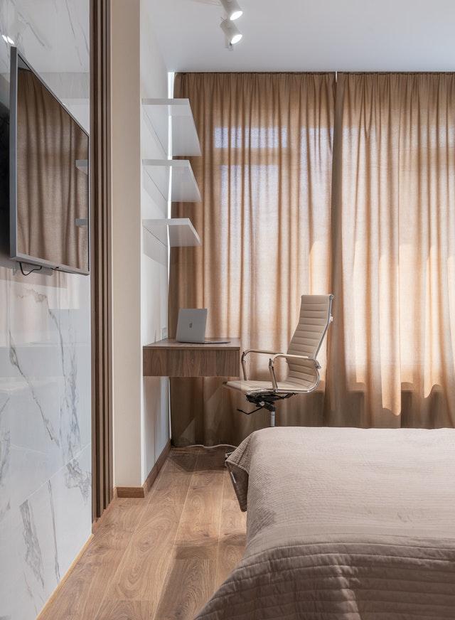 Do ktorých miestností je vhodná drevená podlaha?