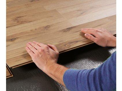 polozenie laminatovej podlahy laminatu parkiet montaz