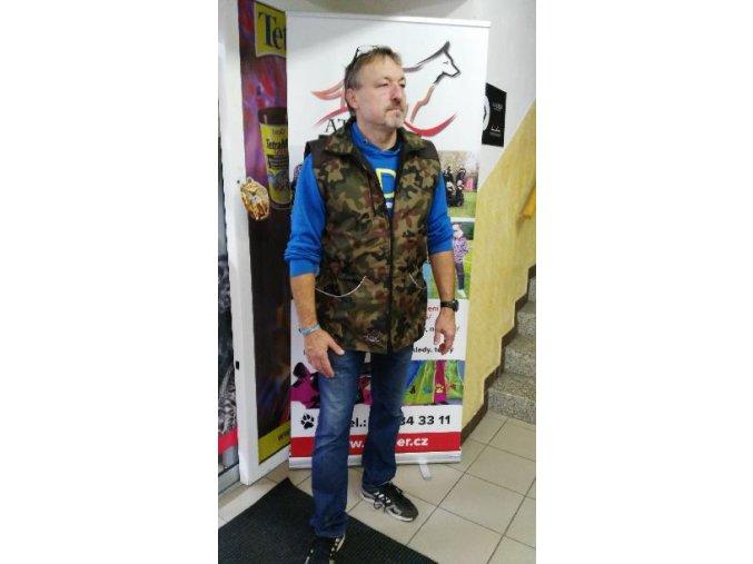 Výcviková vesta s kapucí - MASKÁČOVÁ