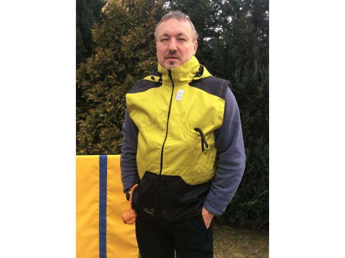 Výcviková vesta s kapucí/žluto-zelená/