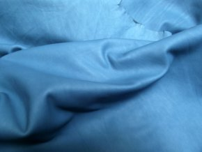 Teľacia useň - formát -  modrá jasná, matná