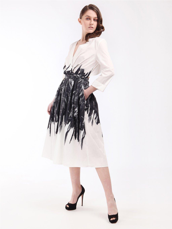 Vzorované popelínové zavinovací šaty s volnými zády  ELISABETTA FRANCHI