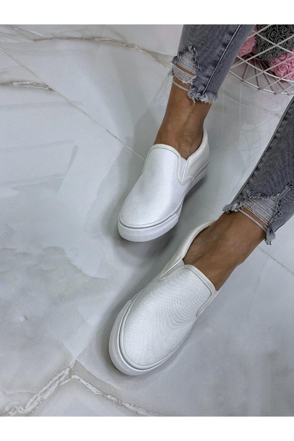 SLIP ON CLASSIC WHITE