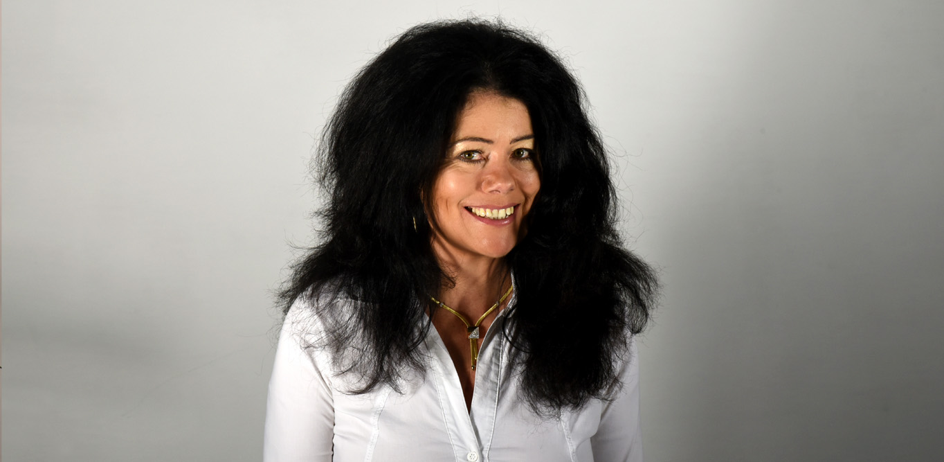 MUDr. Jurková radí: Jak efektivně zastavit padání vlasů?