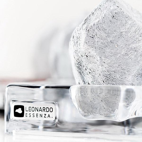 leonardo_long_2
