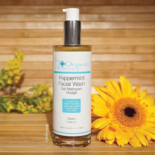 the-organic-pharmacy-pepperming-facial-wash-5060063490465-AURIO_4