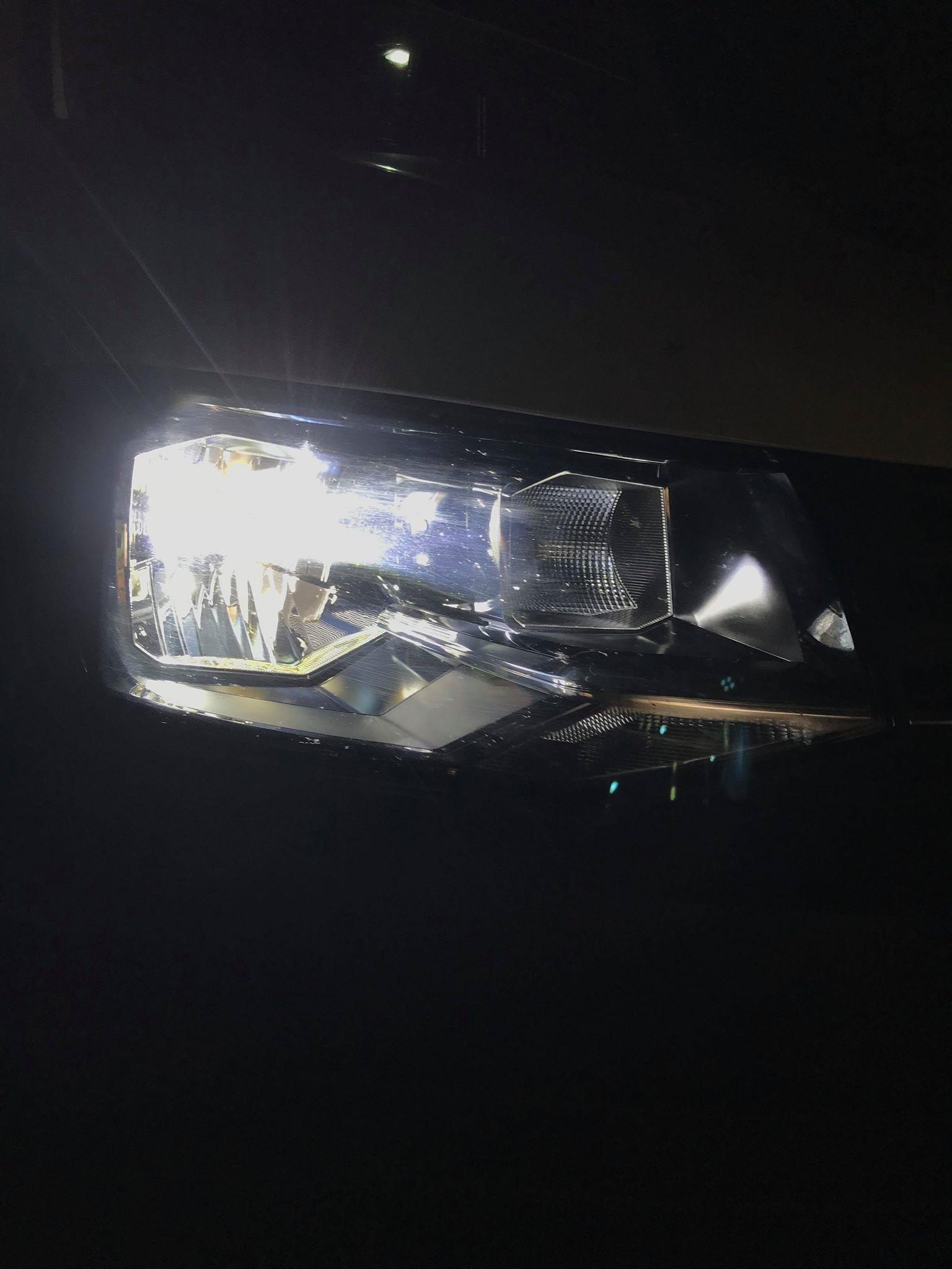 VÝMĚNA ZA LED ŽÁROVKY VW TRANSPORTER T6 H4 model A8