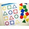 Jiný svět Hledej stejný tvar a barvu. Strukturovaný list