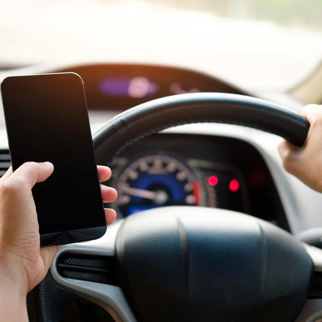 Řídí váš mobil?