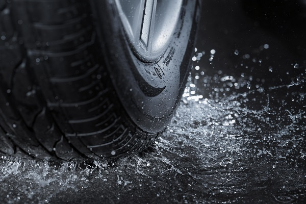 Celoroční pneumatiky
