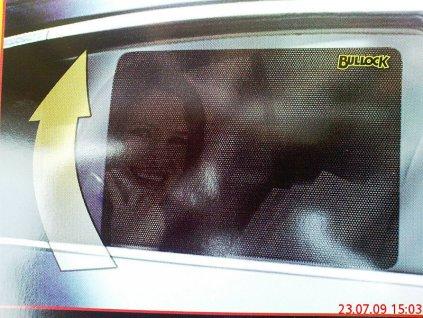 Bullock Easy Attack sluneční clona na sklo