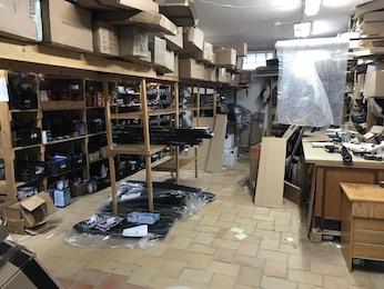 Hledáme posilu do skladu s autodoplňky v Hradci Králové - NEAKTIVNÍ