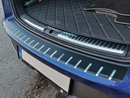 Kryt prahu pátých dveří Seat Leon 2013-2019 ST Combi • nerez s karbonem