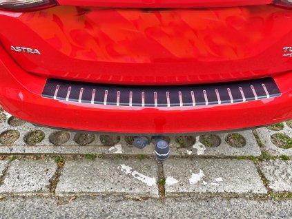 Kryt prahu pátých dveří Opel Astra K 2016-2019 Combi • nerez s karbonem