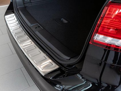 Kryt prahu pátých dveří Volkswagen Passat B8 2015-2021 Variant • nerez • ADO Pro