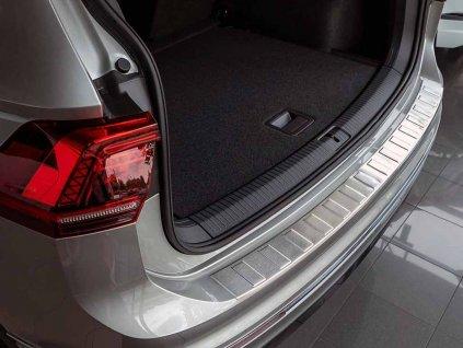 Kryt prahu pátých dveří VW Tiguan II 2016-2021 • nerez • ADO Pro