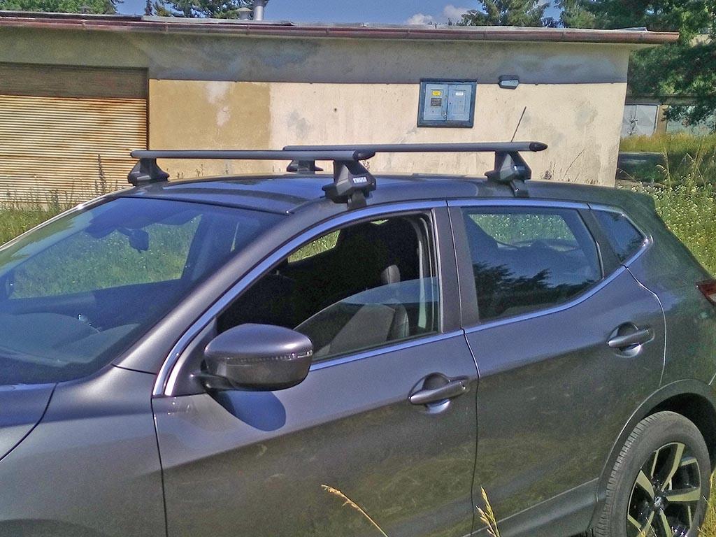 Střešní nosiče Nissan Qashqai J11 2014-2017 (na holou střechu) • ALU • Thule