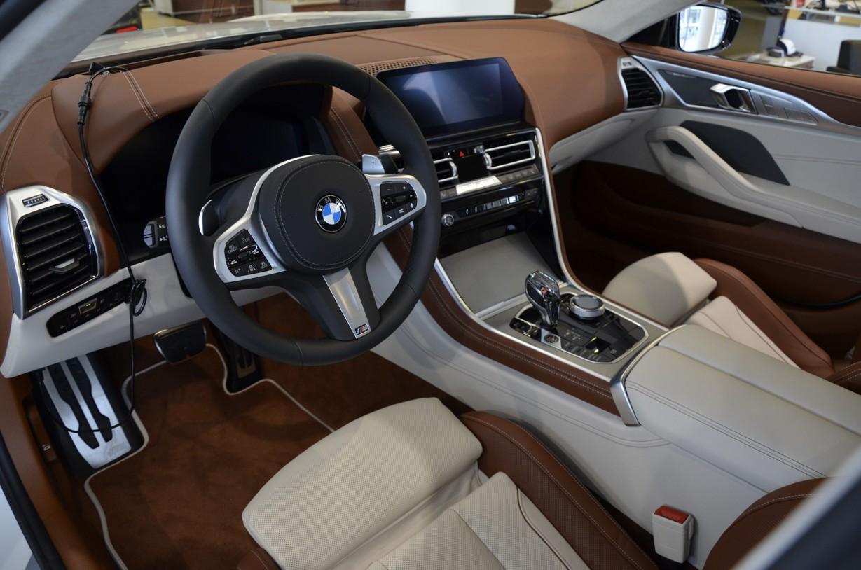 BMW M850i xDRIVE GRAN COUPÉ - jedinečné nové auto skladem - super cena