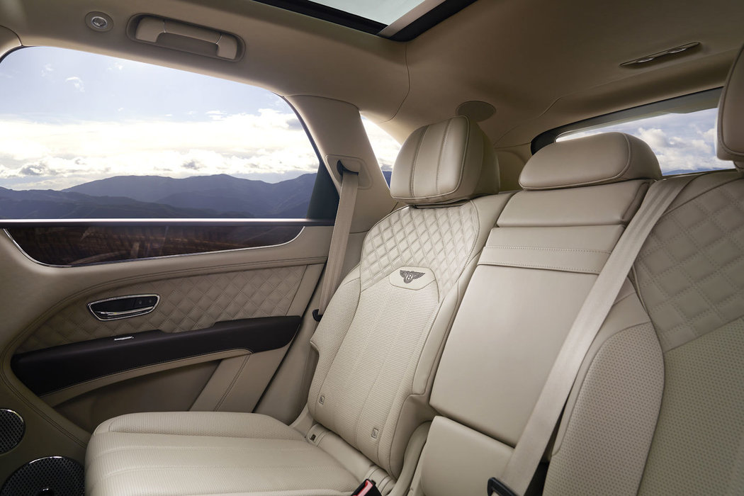 Nový Bentley Bentayga, autoibuy, nakuponline, nejlepší cena, auto skladem