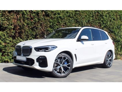 BMW X5 30d xDRIVE M-paket - bílá alpine