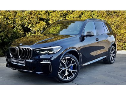 BMW X5 M50d - černá carbon metalíza
