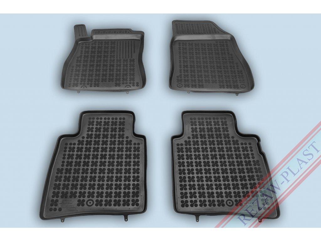 Gumové koberce Nissan PULSAR 2014- se zvýšeným okrajem