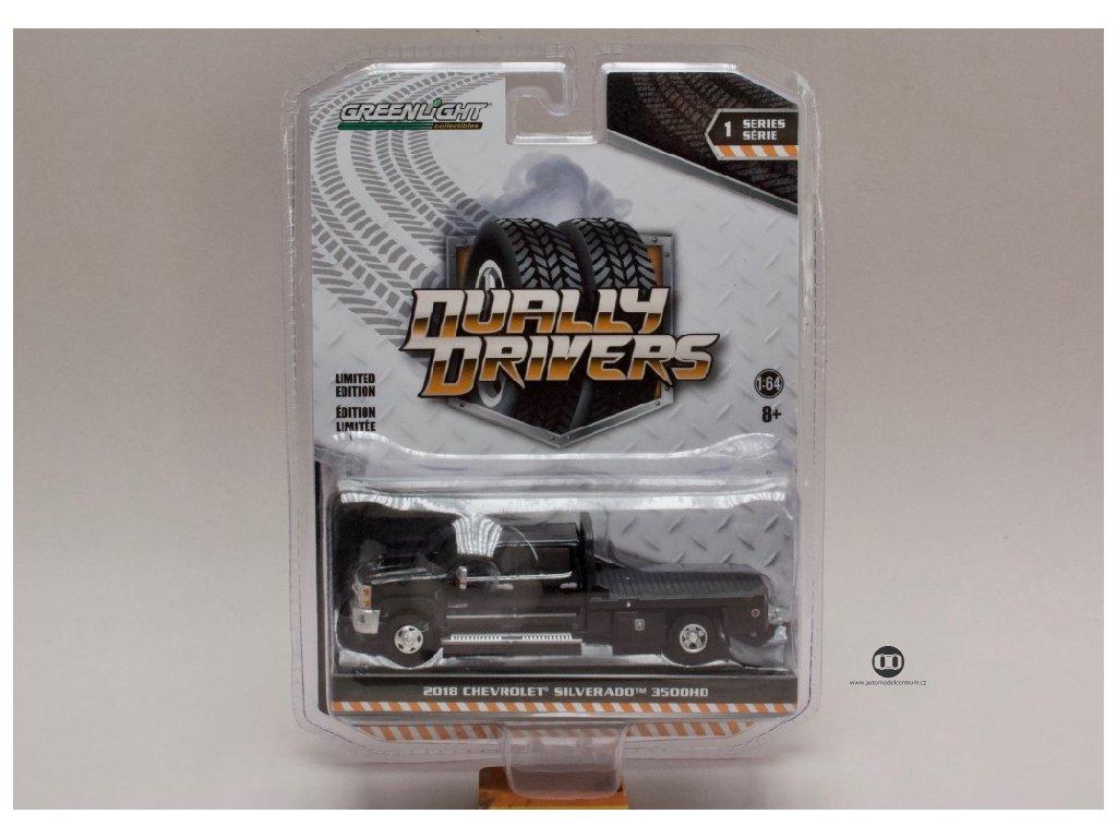 Chevrolet Silverado 2018 3500HD Dually Drivers valník černá 1 64 Greenlight 46010 A 01
