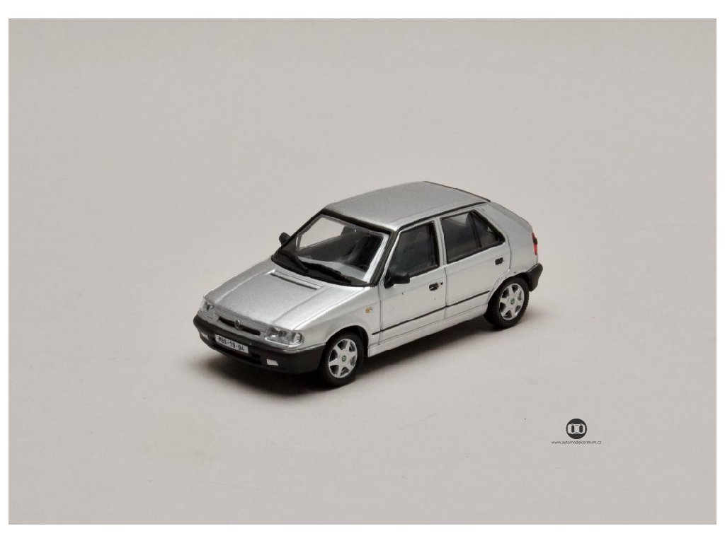 Škoda Felicia 1994 %22litá kola%22 stříbrná met 1 43 Abrex 143ABS 709AD 01