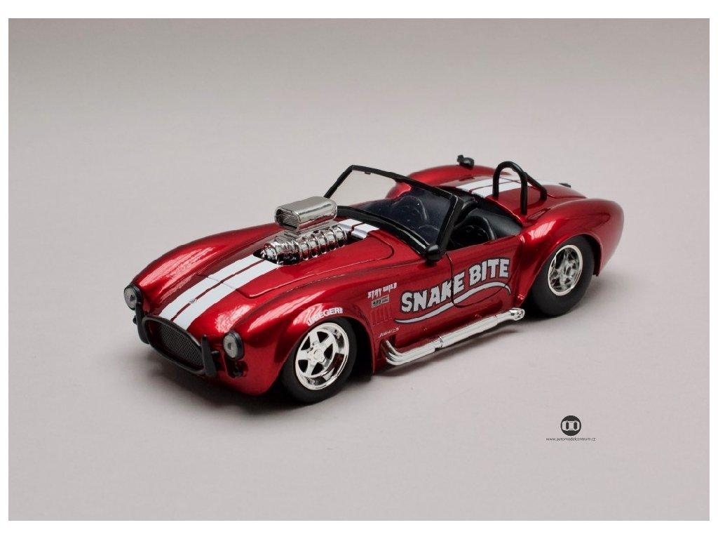 Shelby Cobra 427 S C 1965 Snake Bite červená met 1 24 Jada Toys 31705 01