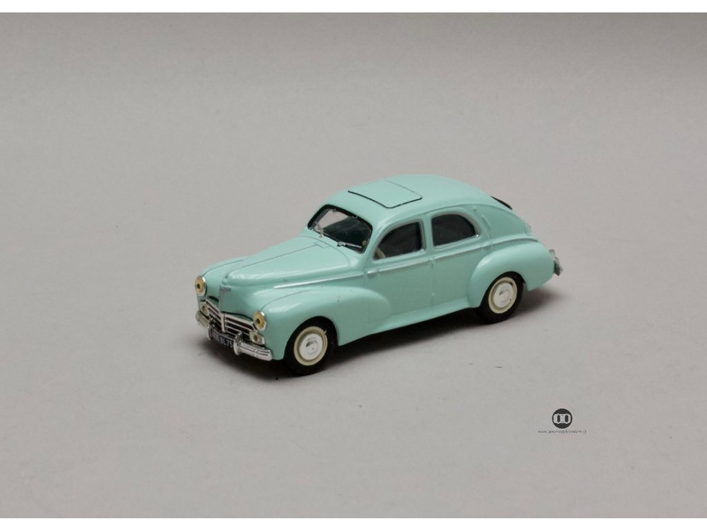Peugeot 203 1959 sv zelená 1:43 Atlas
